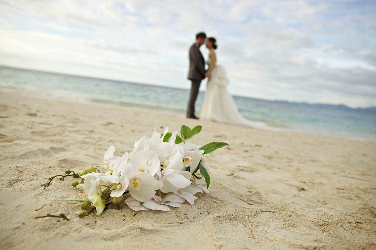 Por que comemorar mensalmente as bodas de casamento está na moda?
